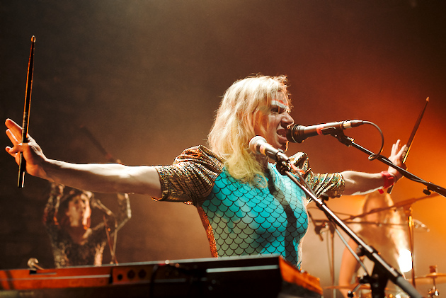 tUnE-yArDs, Café de la Danse, 2014-05-19